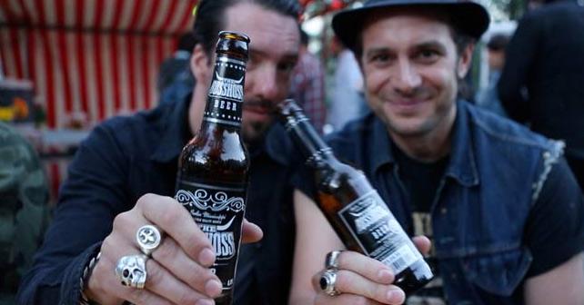 The BossHoss bringen ihr eigenes Bier auf den Markt