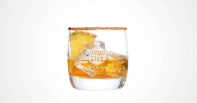 Kubanisch ins neue jahr havana club 7 miel pernod for Cocktail whisky miel