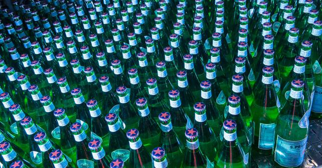 S.Pellegrino Flaschen