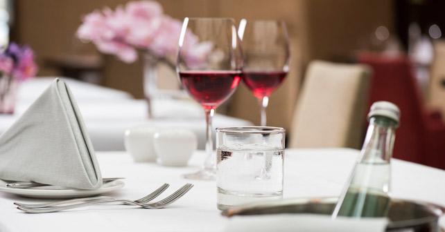 IDM Mineralwasser Wein