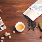 5 CUPS an some sugar Oriental Beauty Oolong N°085
