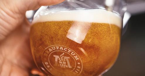 BraufactuM Bier zapfen