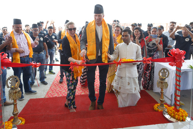 warsteiner-nepal-eroeffnung