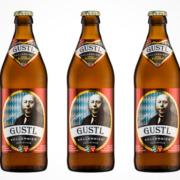Drei Flaschen des GUSTL Kellerbieres der Bad Reichenhaller Alpenbrauerei