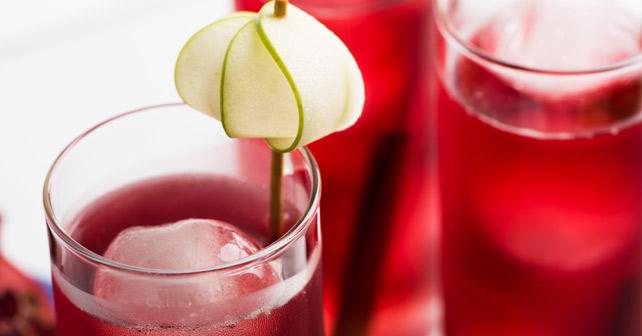 Glas mitaphrodite cocktail gefüllt