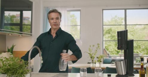 SodaStream-Markenbotschafter Hannes Jaenicke