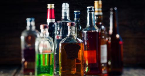 spirituosen flaschen