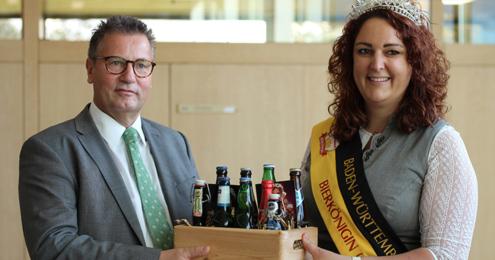 Bierkönigin Irina Peter Hauk Landtag
